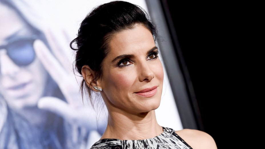 Sandra Bullock will star in BIRD BOX, the #1 BloodList script of 2014 written by Eric Heisserer.  #Netflix